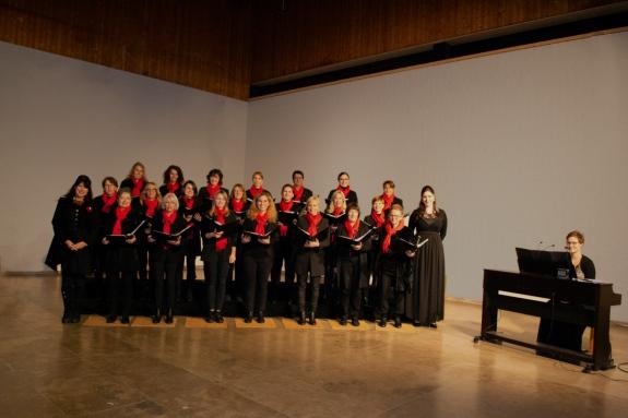 Adventliches Chor-Konzert: Mit Sinn und Swing in die Adventszeit
